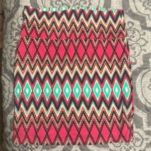 Tribal print body con skirt